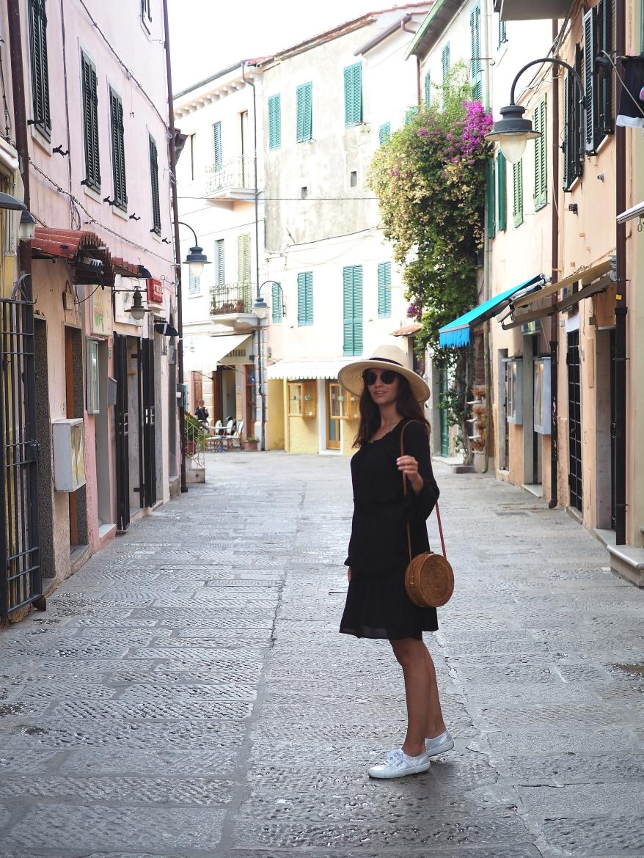Travel Guide Elba Capoliveri